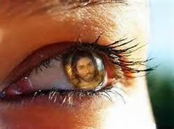 Eye sees Christ