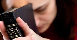 praying-with-bible